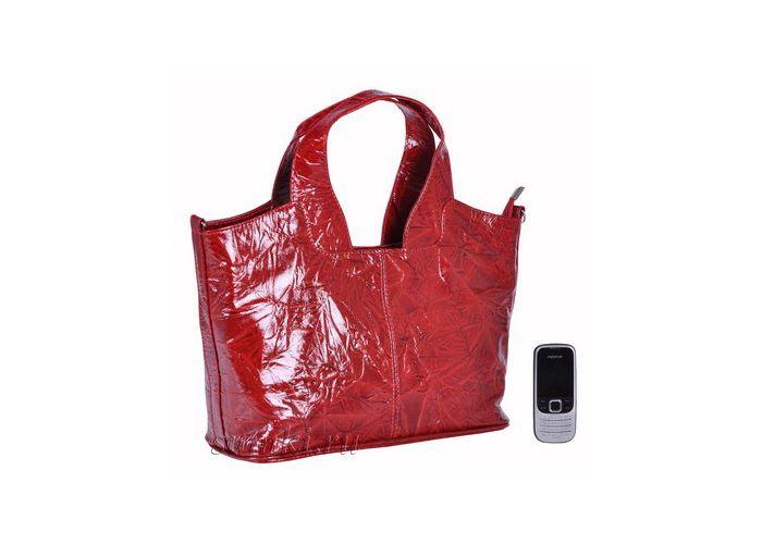 Оригинальная дамская сумка от известной фирмы Afina изготовлена из высококачественной кожи.